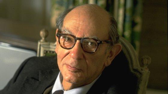Isaiah Berlin nasceu em Riga, na Letónia, em 1909, e morreu em Oxford, no Reino Unido, em 1997