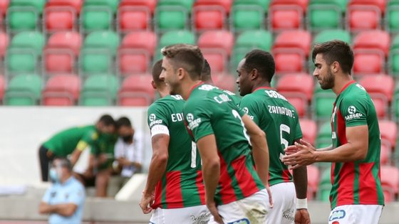 Marítimo vence Tondela por 2-1