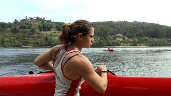 Joana Vasconcelos juntou assim uma medalha de ouro à de bronze alcançada no sábado na prova de K1 200 metros