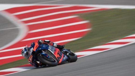 O piloto natural de Almada não conseguiu terminar o Grande Prémio da Catalunha
