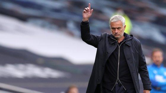 O treinador português interrompeu uma série de três vitórias seguidas entre Premier League e Liga Europa