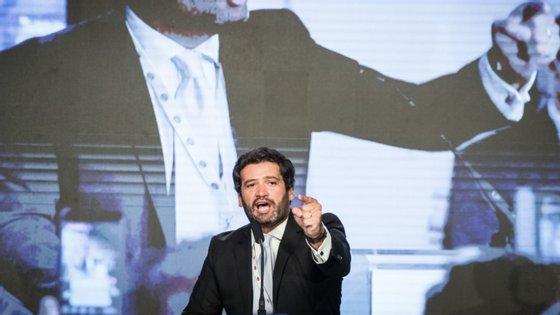 André Ventura discursou já perto da meia-noite de sábado num comício em Coimbra