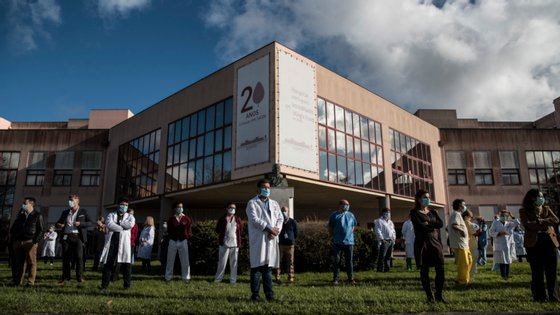 """O Serviço de Urgência de Ginecologia-Obstetrícia estava encerrado durante a noite desde a passada segunda-feira """"dada a escassez de recursos humanos que possam assegurar um eficaz atendimento às grávidas"""""""