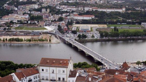 O PSD vai propor a deslocalização para Coimbra das sedes do Supremo Tribunal Administrativo e do Tribunal Constitucional
