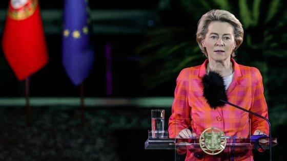 Ursula von der Leyen está em Lisboa desde segunda-feira, dia em que se reuniu com o primeiro-ministro, António Costa, naquela que é a sua primeira visita oficial a Lisboa