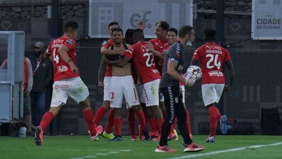 Santa Clara vai ser a primeira equipa a jogar com público em casa depois de ter terminado a última época a jogar na Cidade do Futebol, em Oeiras