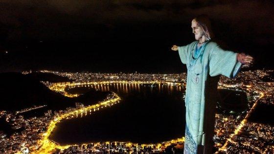 O Brasil é o país lusófono mais afetado pela pandemia e um dos mais atingidos no mundo