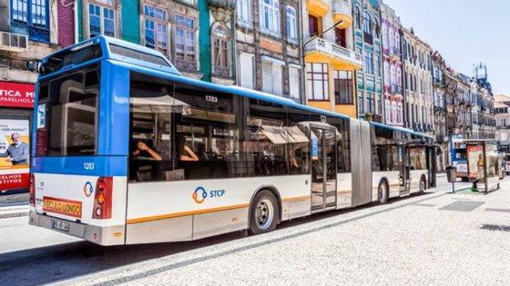 A operação de reforço assenta num aumento de cerca de 16% no número de viagens oferecidas durante o dia e aos fins de semana em oito linhas no Porto