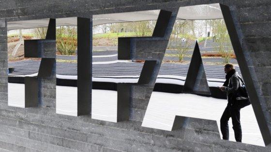 As três decisões foram tomadas pela Câmara de Resolução de Disputas da FIFA