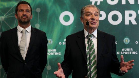 Baltazar Brito, então ainda candidato a presidente do Conselho Fiscal e Disciplinar, na sede de campanha com Frederico Varandas, em agosto de 2018