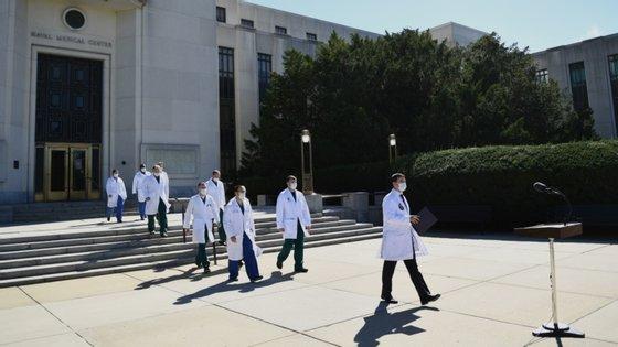 Vários médicos da equipa clínica presidencial estiveram este sábado com os jornalistas para dar conta do estado de saúde do Presidente