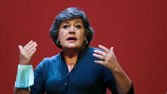 """Ana Gomes também enviou uma mensagem aos jovens: """"Não deixem de se indignar"""""""