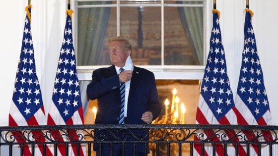 Donald Trump anunciou a retirada dos seus representantes das negociações esta terça-feira à tarde, no Twitter
