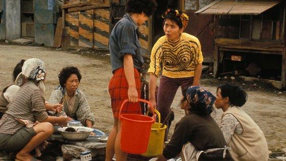 """""""Dodeskeden"""" (1970), de Akira Kurosawa foi um fracasso que levou o realizador a uma depressão, seguida de tentativa de suicídio"""