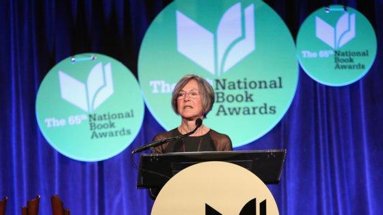 "Louise Glück venceu o National Book Award em 2014, com a coletânea de poemas ""Faithful and Virtuous Night"""