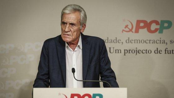 """Na sua intervenção, Jerónimo de Sousa fez um apelo à participação e empenhamento dos militantes e dirigentes, o """"colectivo partidário"""""""