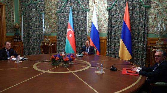 A reunião é presidida pelo chefe da diplomacia russa, Serguei Lavrov