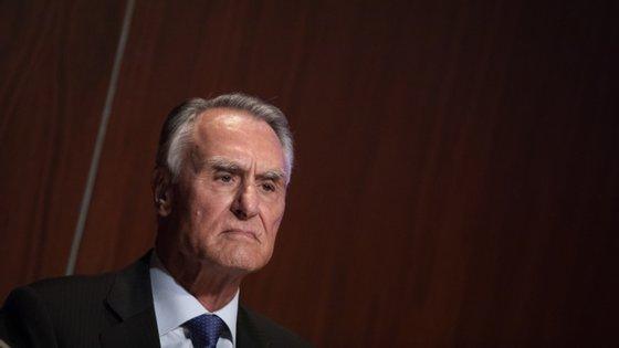 """Cinco anos depois, vejo-os culparem o Dr. Passos Coelho, que fez uma obra altamente meritória e tirou Portugal da bancarrota"""", diz Cavaco Silva."""