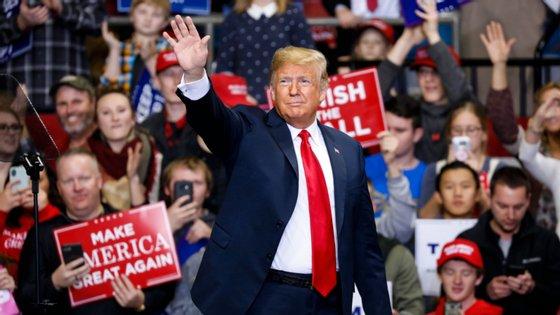 O erro do livro de de Mary L. Trump, sobrinha do Presidente dos EUA, é grave por tornar por demais evidente o estado atual da discussão política