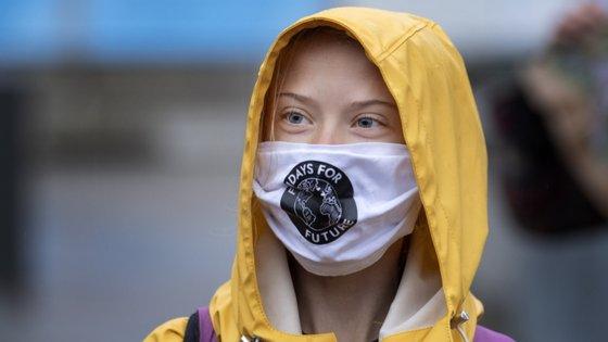 """""""Do ponto de vista do clima, está longe de ser suficiente e muito defenderam outros candidatos, mas enfim... Organizem-se e façam com que todos votem em #Biden"""", disse Thunberg"""