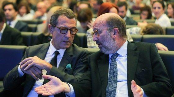 Presidente executivo da EDP (suspenso de funções) e o ministro do Ambiente