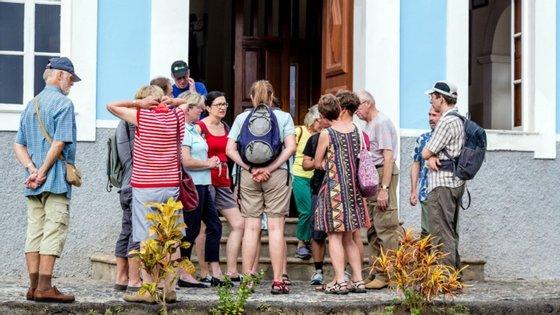 O Governo estimava inicialmente, no arranque do ano, antes da pandemia, um crescimento da procura turística de 6,6%
