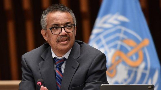 O diretor-geral da Organização Mundial de Saúde diz que deixar circular o vírus livremente não é opção