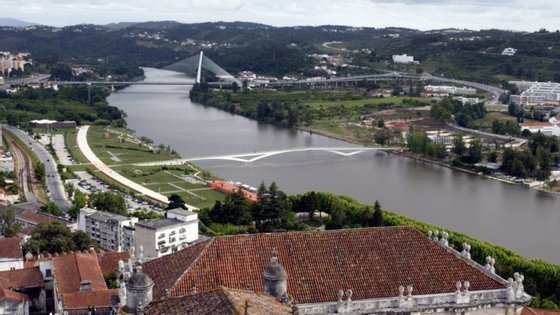 """O CDOS de Coimbra funciona atualmente em duas """"casas de habitação sem condições operacionais minimamente aceitáveis"""""""