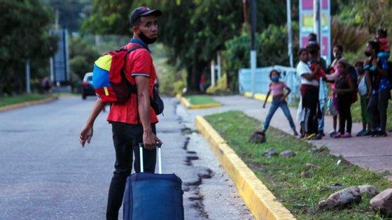 """As condições, como o acesso para trabalhadores humanitários, """"variam consideravelmente dependendo de quem está no comando"""""""
