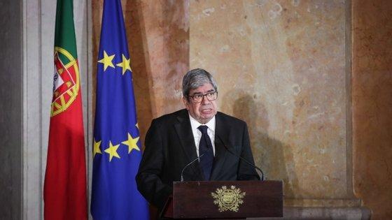 Ferro Rodrigues realçou ainda que, apesar das circunstâncias causadas pela pandemia da covid-19, o parlamento português nunca parou de exercer as suas responsabilidades, adaptando-se
