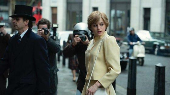 """Nos novos episódios de """"The Crown"""", a princesa Diana é interpretada por Emma Corrin"""