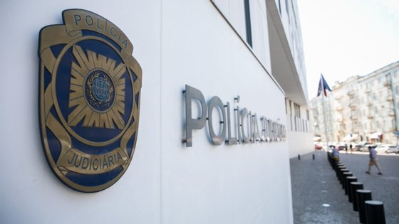 Os suspeitos vão ser presentes a tribunal para serem ouvidos em primeiro interrogatório judicial