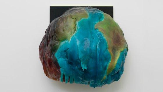 "Glastone Gallery: ""Courtesy Inhotim Collection, Brazil"""