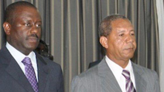 """""""Dino"""" e """"Kopelipa"""" dois dos homens mais poderosos do regime de José Eduardo dos Santos"""