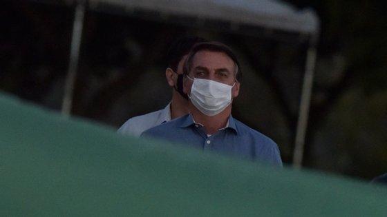 O Brasil é o país lusófono mais afetado pela pandemia e um dos mais atingidos no mundo, ao contabilizar o segundo número de mortos (mais de 5,1 milhões de casos e 150.998 óbitos), depois dos Estados Unidos