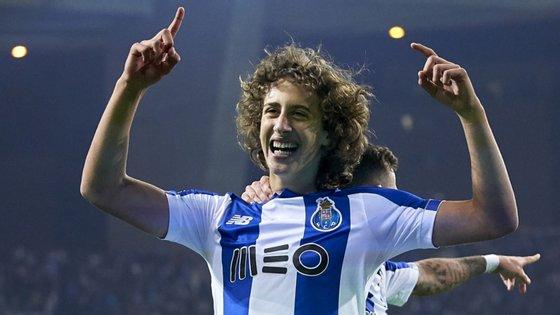 Fábio Silva tornou-se o mais novo de sempre a marcar pelo FC Porto, ganhou a dobradinha e transferiu-se por 40 milhões para o Wolverhampton