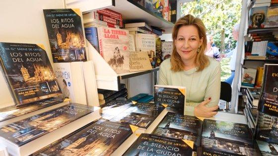"""A escritora estreou-se em 2012 com o romance """"La saga de los longevos: La vieja familia"""", que a transformou num fenómeno literário em Espanha"""