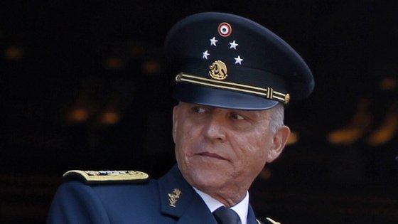 A detenção de Cienfuegos é a de maior visibilidade de um alto responsável mexicano nos Estados Unidos desde a do ex-ministro de Segurança Pública de Calderón, Genaro García Luna