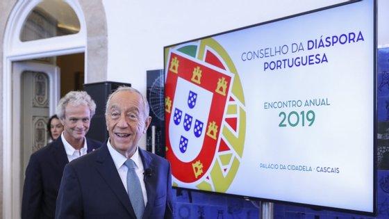 O colóquio é organizado em colaboração com o departamento de Línguas, Literaturas e Culturas da Faculdade de Ciências Sociais e Humanas da Universidade Nova de Lisboa