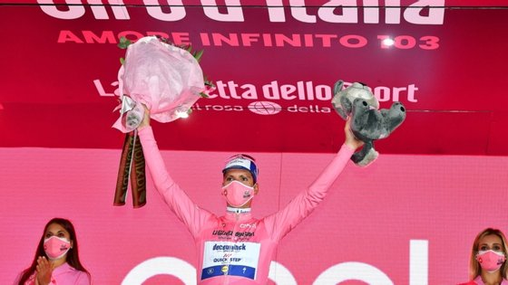 João Almeida voltou a estar em destaque, terminando no segundo lugar e ganhando mais seis segundos de vantagem a Wilco Kelderman