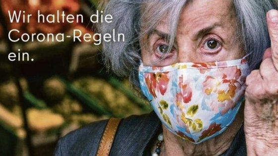 Outros cartazes da campanha vão estar presentes nas ruas de Berlim até ao final de março
