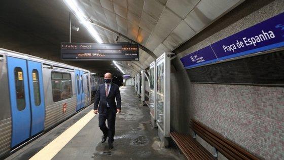 Além da obra na linha Vermelha, o Governo prevê também avançar com as obras para a concretização da Linha Circular