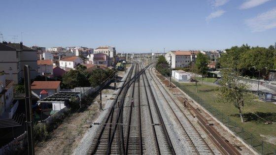 Houve um aumento da sinistralidade ferroviária, tendo ocorrido 32 vítimas mortais em 2019, relacionado com acidentes em passagens de nível ou uso indevido do espaço ferroviário