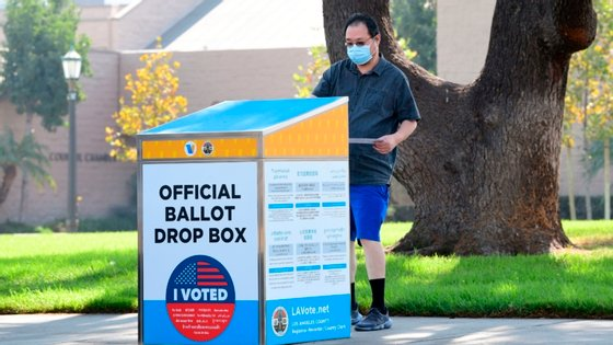 James Wendel Williams conseguiu votar de forma antecipada, recebendo o seu voto pelo correio e depositando-o numa urna oficial