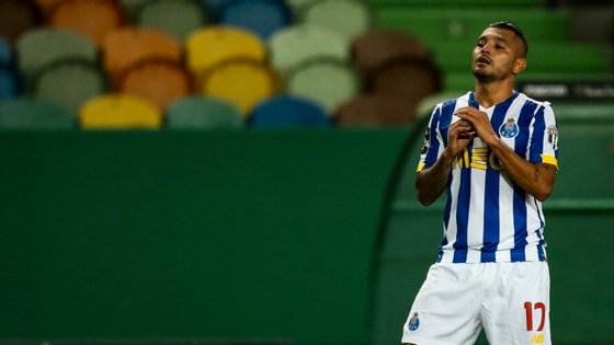 Corona leva dois golos e duas assistências nos quatro primeiros jogos do Campeonato mas FC Porto já perdeu cinco pontos
