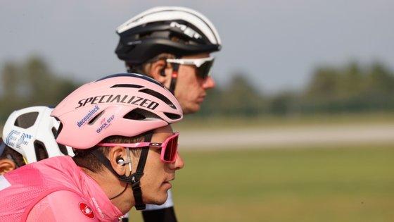 João Almeida aguentou taco a taco a camisola rosa e vai entrar na terceira semana de Giro a liderar a prova