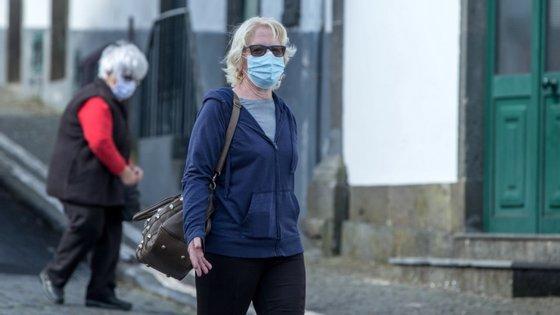 Desde o começo da pandemia morreram 16 pessoas na região com Covid-19, todas em São Miguel