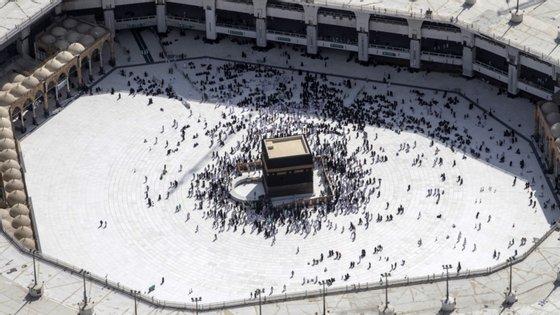Os fiéis do estrangeiro têm autorização para visitar Meca a partir de 1 de novembro