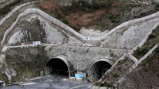 Obra, inserida na autoestrada que vai ligar Vila Real a Amarante, foi adjudicada por 29,5 milhões de euros