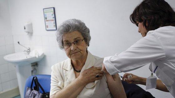 O regime criado em 2010 tem ficado aquém do esperado. Só 335 médicos aceitaram voltar ao SNS nestes cinco anos